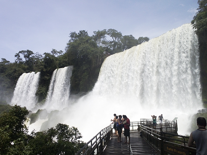 Iguazu falls salto bossetti