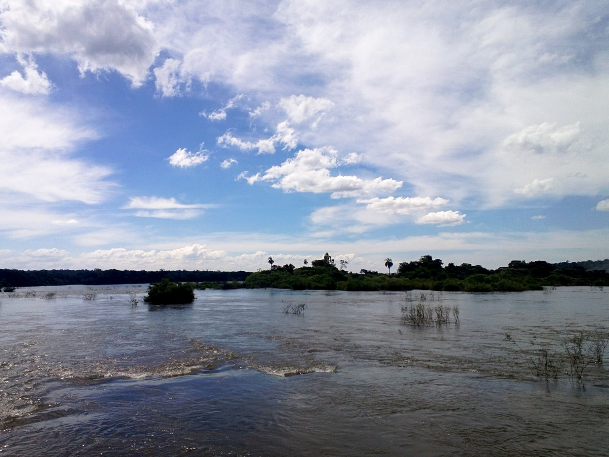 iguazu falls river
