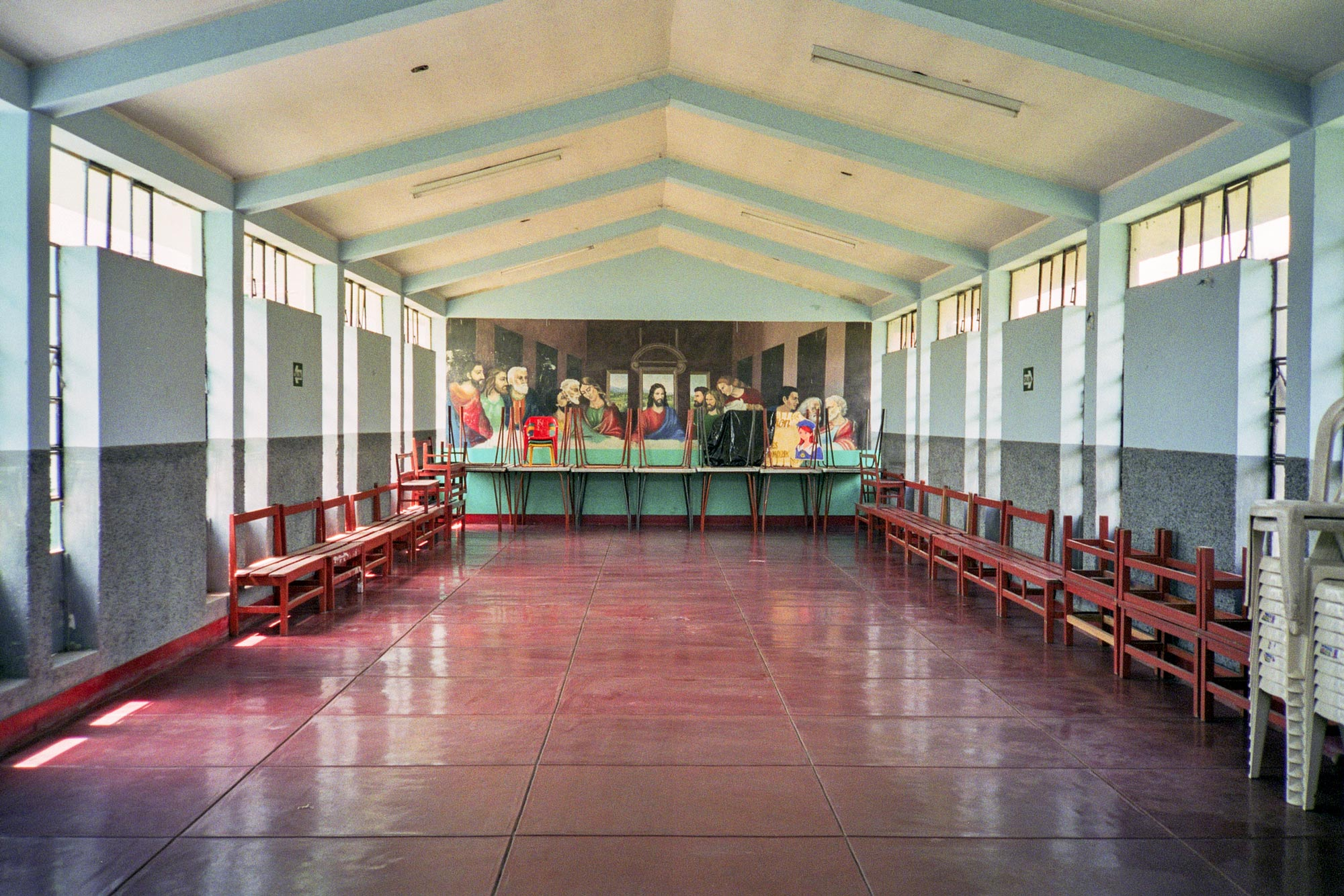 Peru Puericultorio dining room