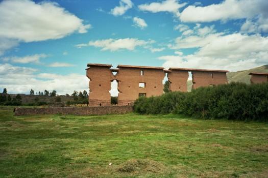 Peru Puno Cusco raqchi wiraqocha temple