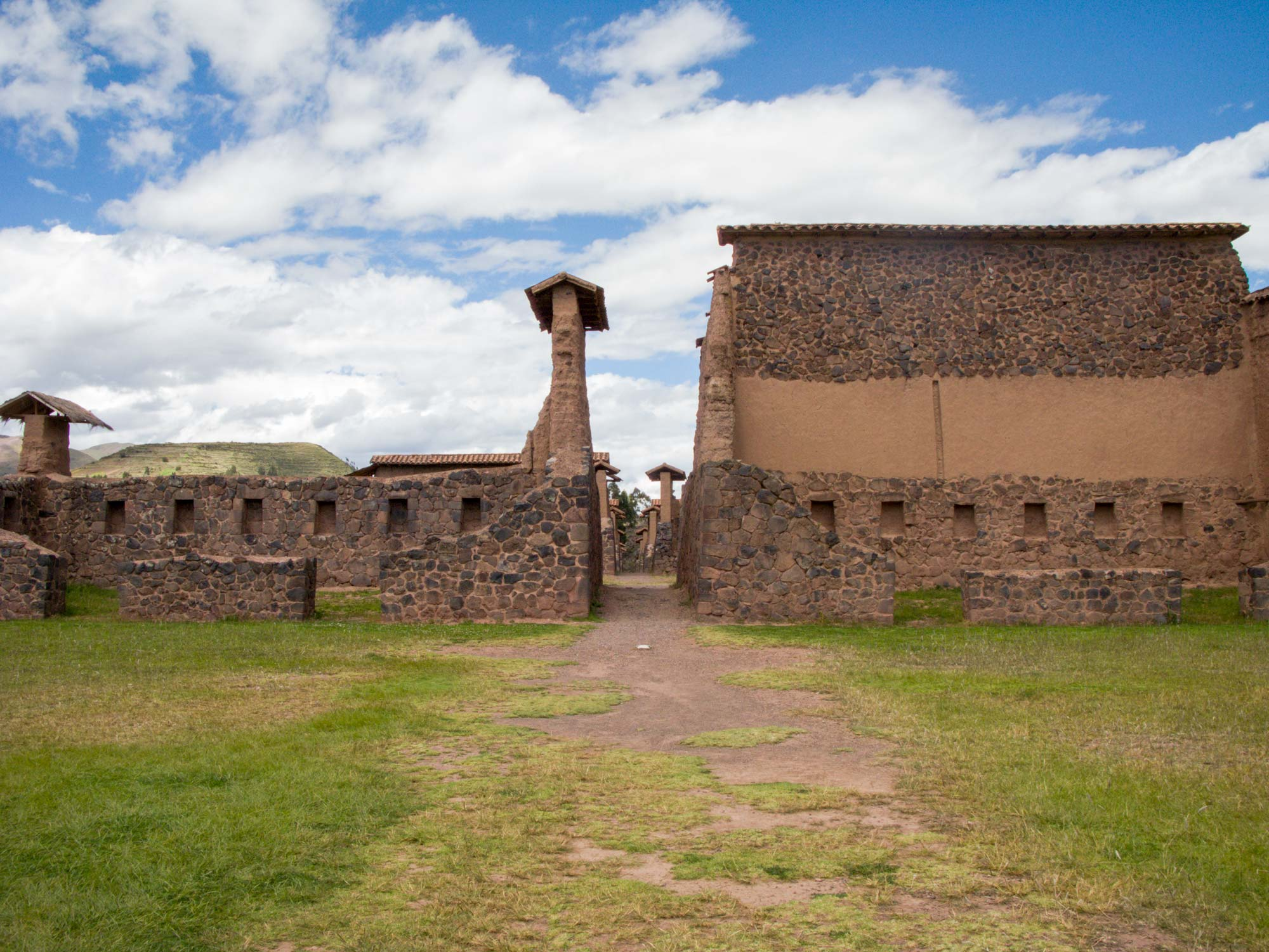 Peru Puno Cusco raqchi wiraqocha temple ruins