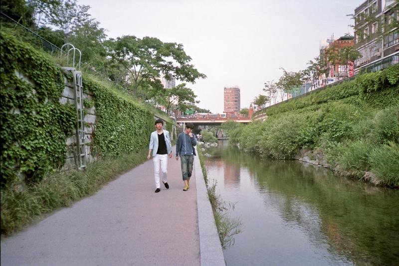 South Korea Seoul Cheonggyecheon guys