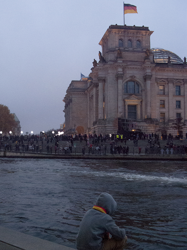 Berlin Lichtgrenze 2014 mauer fall reichstag