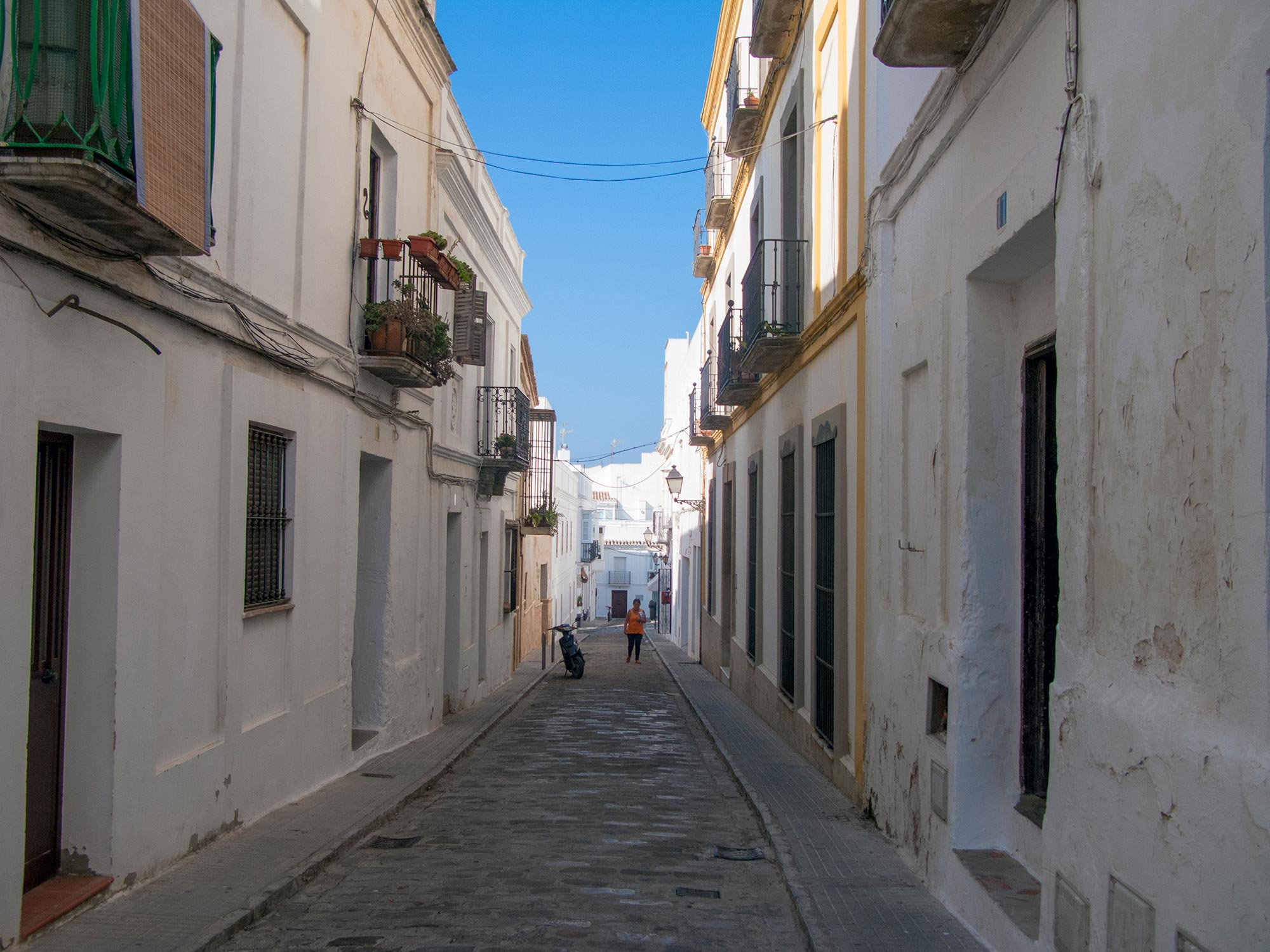 Tarifa street white morning