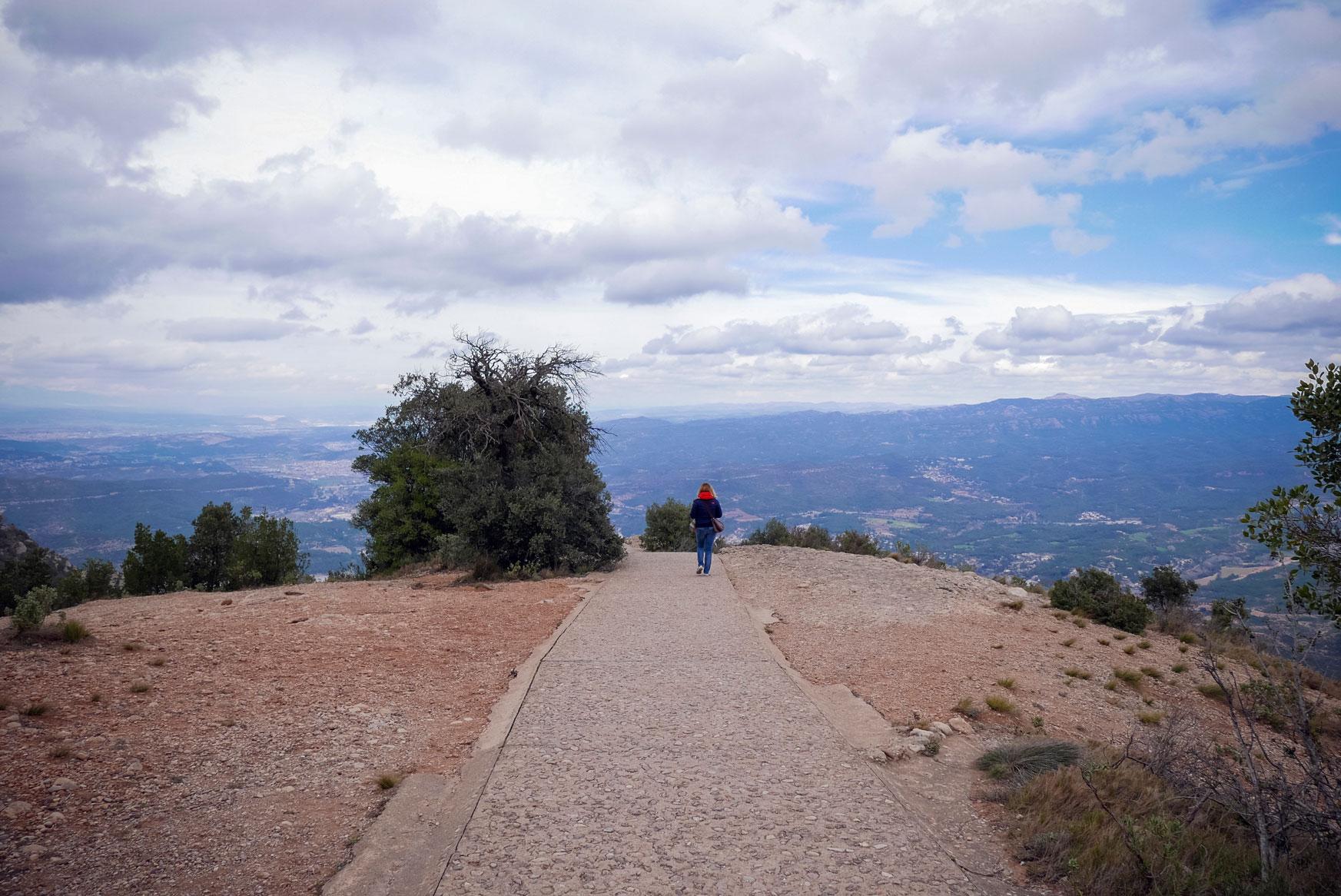 Spain Barcelona Montserrat Monastery sant miguel cross trekking5