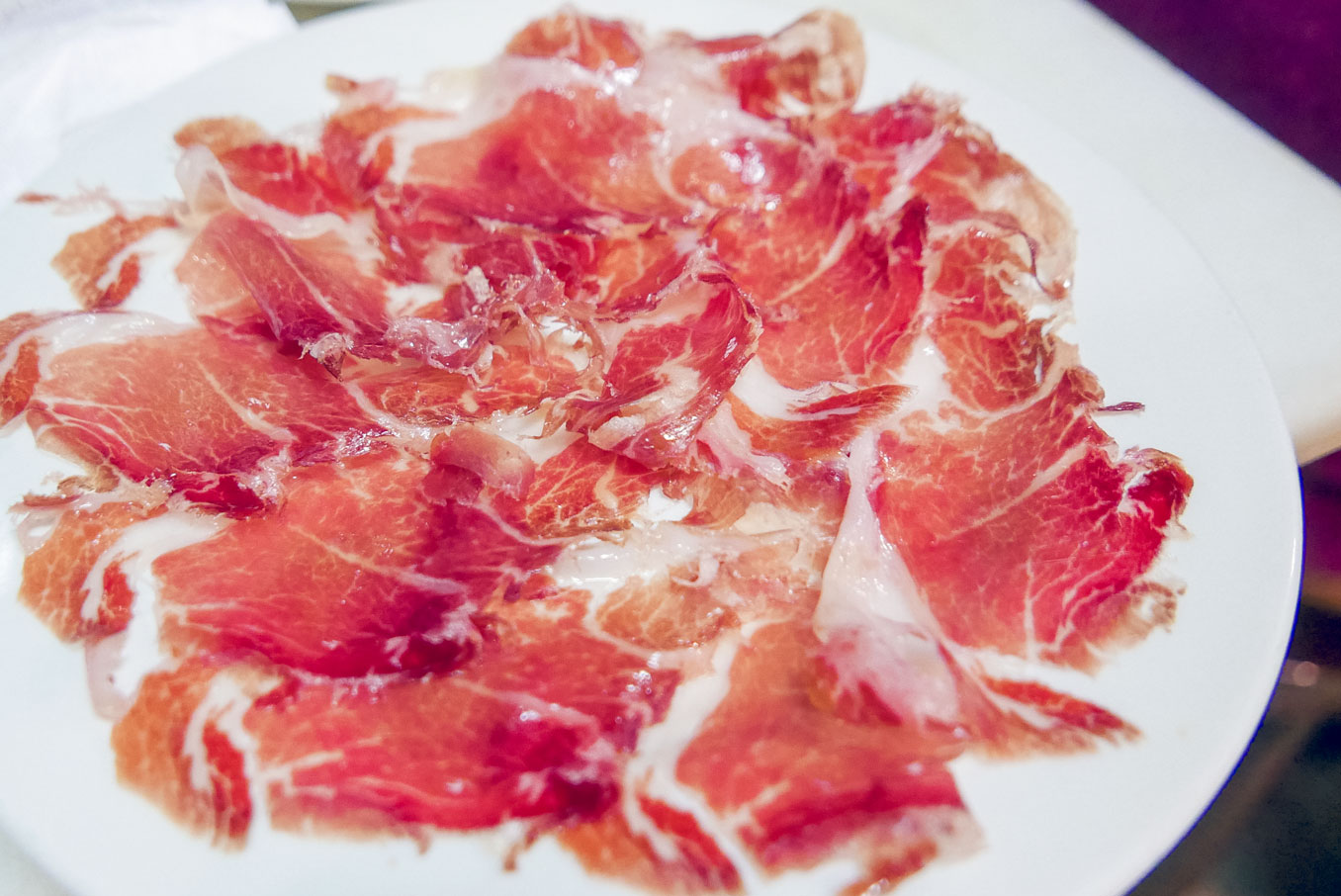 Spain Barcelona tapas bar El Xampanyet jamon1