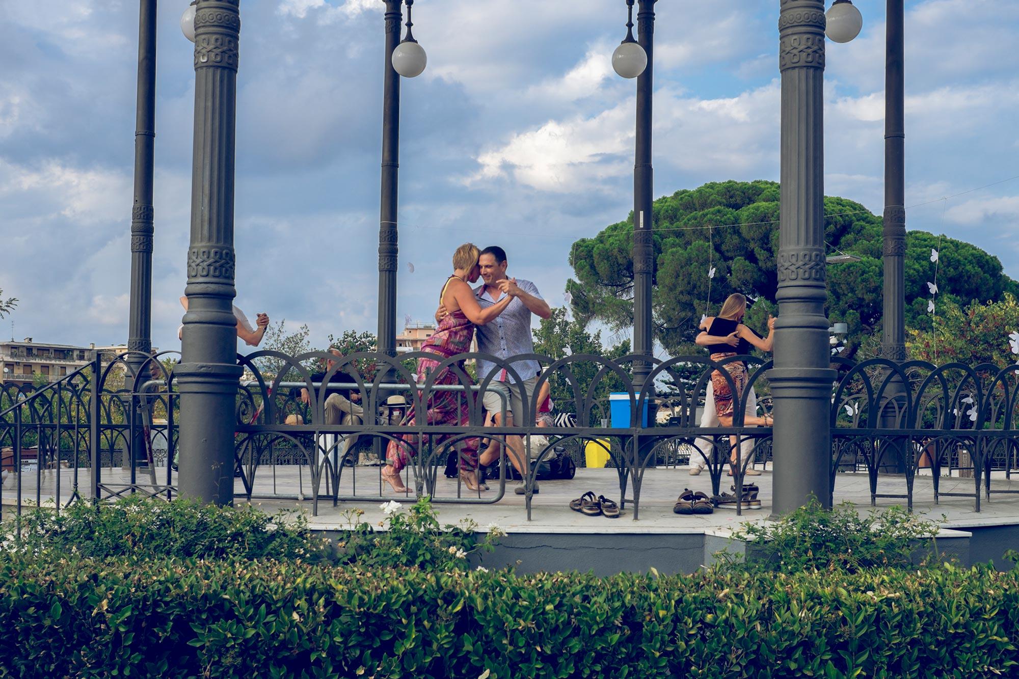 italy-sicilia-catania-giardino-bellini-tango