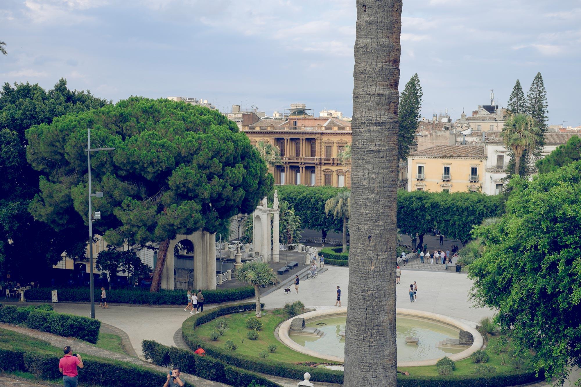 italy-sicilia-catania-giardino-bellini-view