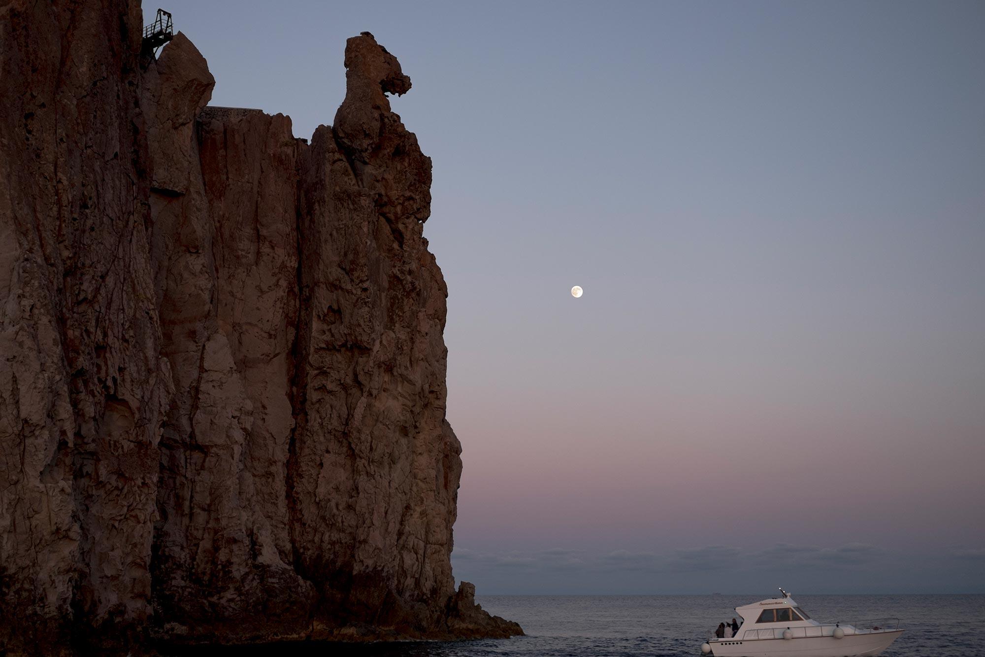 italy-sicilia-eolie-strombolicchio-sunset6
