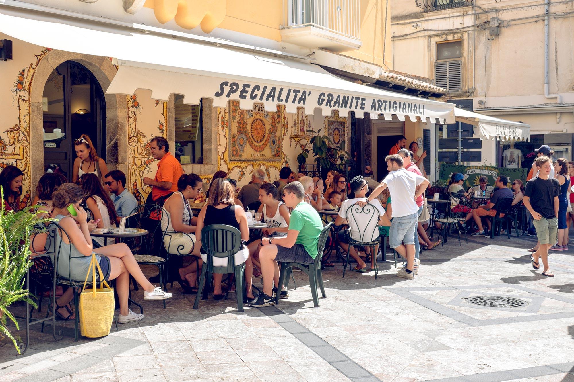 italy-sicilia-taormina-bambar1