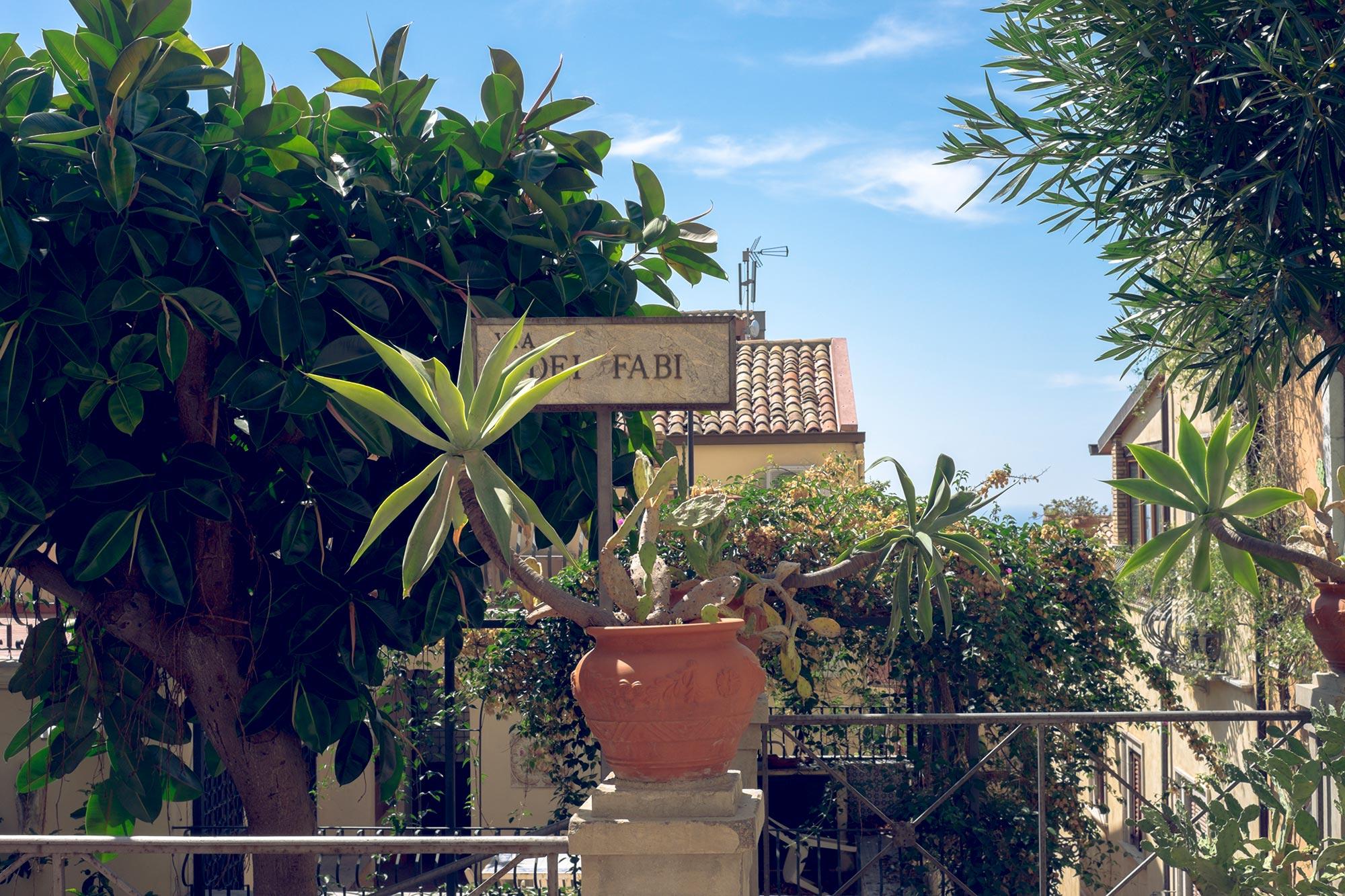 italy-sicilia-taormina24