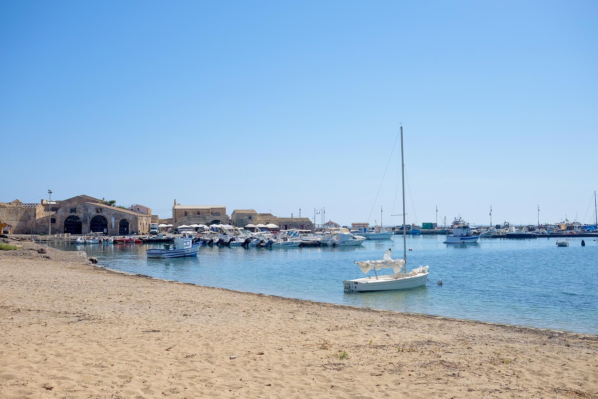 italy-sicilia-marzamemi-tonnara1
